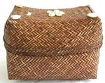 Rectagular brown retan box with flower seashell beaded on top