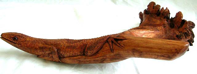 parasite wood carving lizard gecko,  bali arts and craft wholesale from direct importer supplier in united states, canada