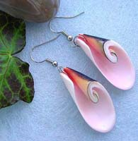 Pinkish seashell fashion earring with fish hook back for convenience closure