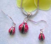 Lady bug jewelry trend wholesale chain necklace, enamel red and black lady bug pendant and hook earring set